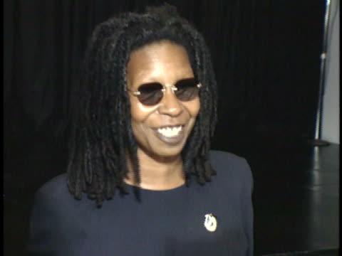 whoopi goldberg talks to reporters about her roast on red carpet - whoopi goldberg stock videos & royalty-free footage