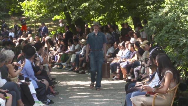 wide and detail runway shots and designer - catwalk stock videos & royalty-free footage