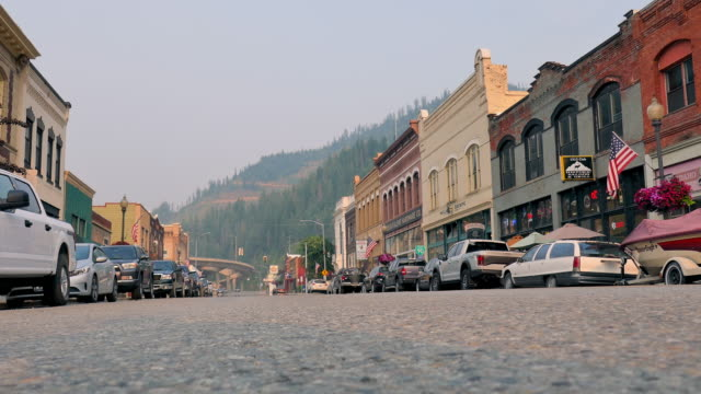 wide angle: small mountain town - idaho stock videos & royalty-free footage