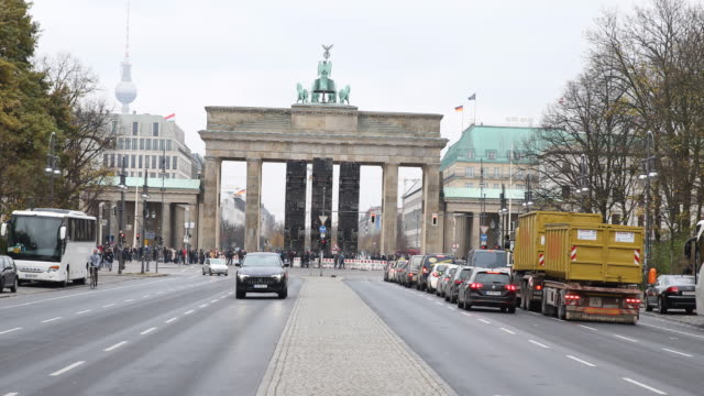 Wide angle view of the'Monument' Installation in the background the Brandenburg Gate can be seen as well as car traffic GermanSyrian artist Manaf...