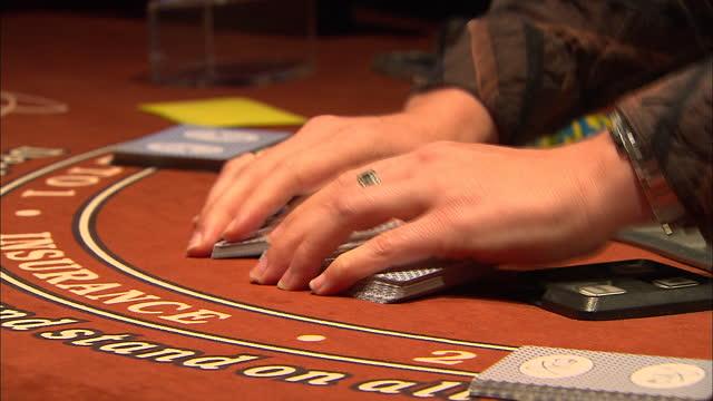 wide establishing shot of the main floor of a casino in las vegas nevada - casino floor stock videos & royalty-free footage