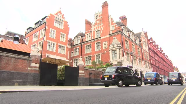 atmosphere wide external of the chiltern firehouse general views on july 21 2014 in london england - メリルボーン点の映像素材/bロール