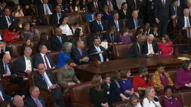 wide pan inside the house chamber as the roll is called for speaker election on opening day of the 116th congress illinois congresswoman jan... - house of representatives stock videos & royalty-free footage