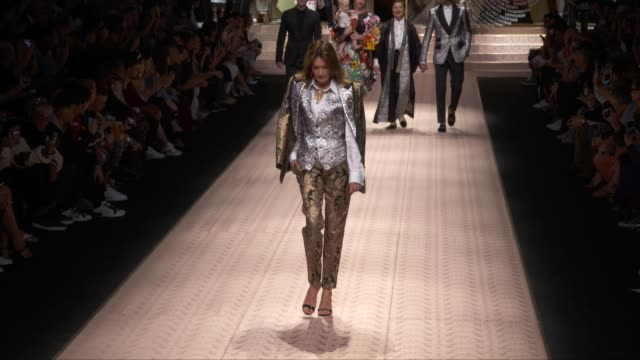 wide runway shots, highlights of looks with finale and designer. - dolce & gabbana stock videos & royalty-free footage