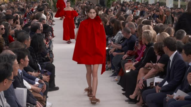 wide runway shots, highlights of looks with finale and designer. - valentino designer label stock videos & royalty-free footage