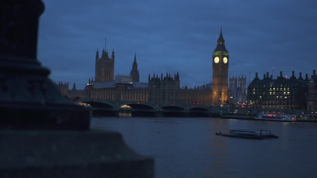 wide, scenic london cityscape at night - houses of parliament london stock videos & royalty-free footage