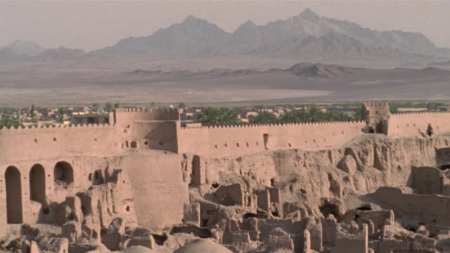 1999 wide shot ancient adobe ruins remaining in citadel of bam/ bam, kerman province, iran - fortress stock videos and b-roll footage