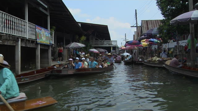 Wide Shot Boats Floating Market Bangkok Thailand