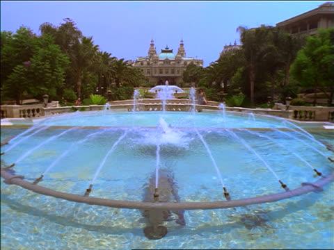 wide shot fountain in front of casino / monte carlo, monaco - monte carlo stock videos & royalty-free footage