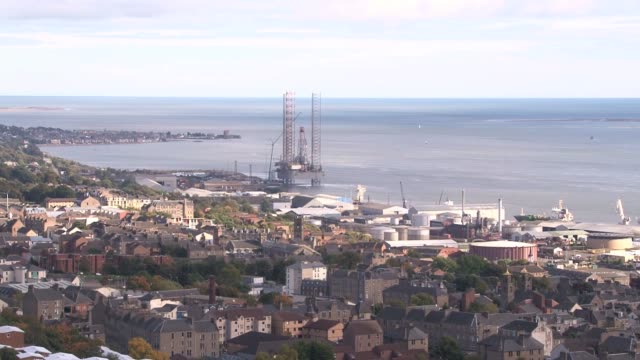 wide shot from extinct volcano, dundee law, of dundee port and the firth of tay going out to sea. dundee is the fourth largest city in scotland with... - lorraine kelly stock videos & royalty-free footage