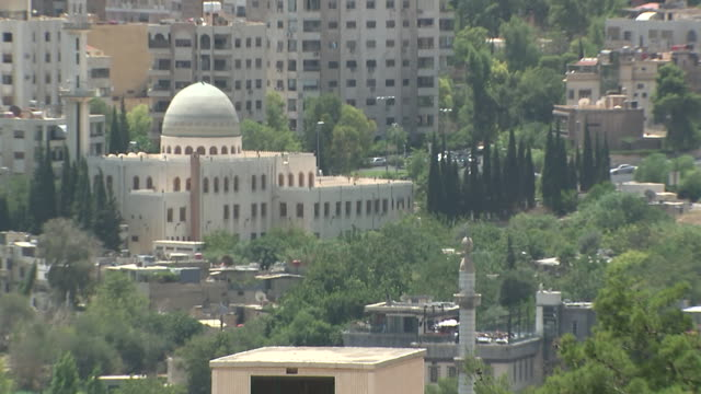 stockvideo's en b-roll-footage met wide shot of a mosque in damascus syria on august 18 2018 - religion or spirituality