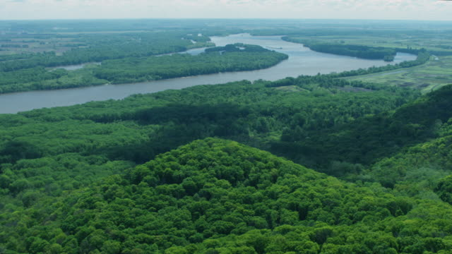 wide shot of denmark island from above dupont reservation conservation area - river mississippi stock videos & royalty-free footage
