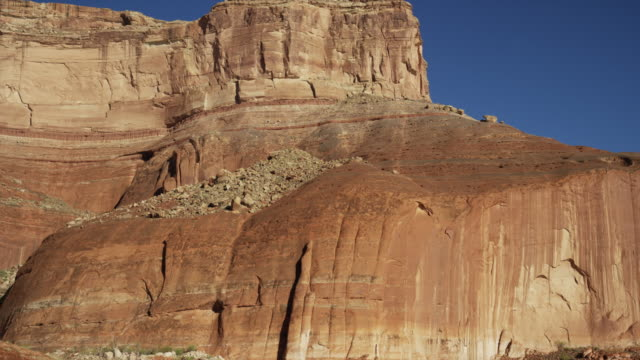 wide shot of desert rock formation / lake powell, utah, united states - lake powell stock videos & royalty-free footage