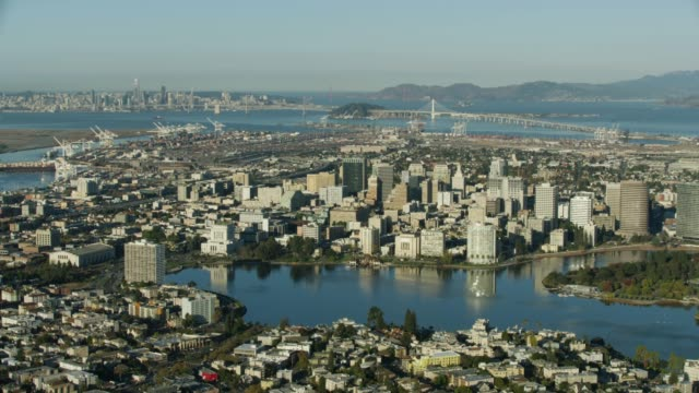 wide shot of downtown oakland - oakland california stock videos & royalty-free footage