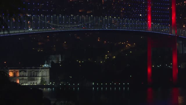 wide shot of empty 15 july martyrs bridge, bosphorus and taksim square after two-day curfew in 24 provinces beginning friday at midnight in an effort... - 14 15 years stock videos & royalty-free footage