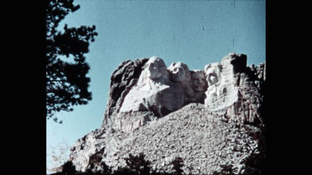 wide shot of mount rushmore against sky, black hills, keystone, south dakota, usa - south dakota stock videos & royalty-free footage