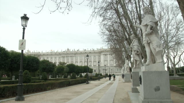 wide shot of palacio real/royal palace - palace stock videos & royalty-free footage