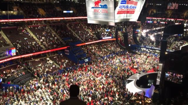 wide shot of the interior of the quicken loans arena of day 4 of the rnc - republican national convention stock videos & royalty-free footage