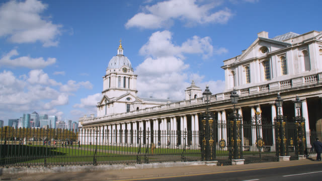 wide shot of the old royal naval college in greenwich with the isle of dogs in the background - royal navy college greenwich stock videos & royalty-free footage