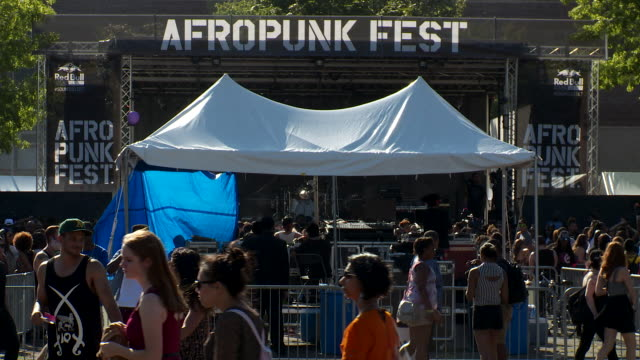 wide shot of the state at the afropunk fest in brooklyn august 24-25 - punk music stock videos & royalty-free footage