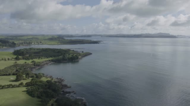 wide shot of the teti bay - bay of islands new zealand stock videos & royalty-free footage