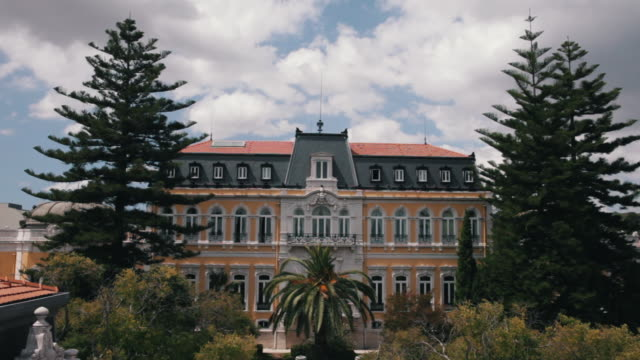 wide shot on classical pestana palace - palácio stock-videos und b-roll-filmmaterial