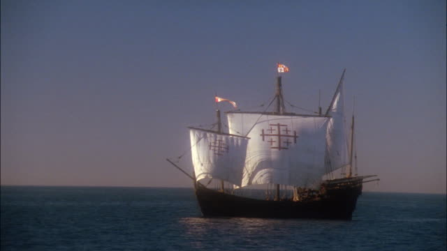 Wide shot replica of Columbus's ship the Nina sailing in ocean
