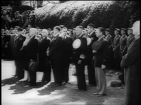 wide shot truman + group of mourners standing at f.d. roosevelt's funeral / hyde park, ny / news. - 60 64 years stock videos & royalty-free footage