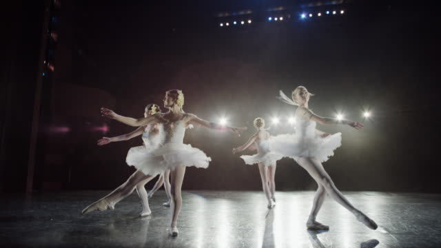 stockvideo's en b-roll-footage met wide slow motion panning shot of ballerinas dancing / salt lake city, utah, united states - balletdanser