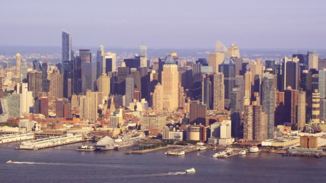 wide view of midtown manhattan - river east stock videos & royalty-free footage