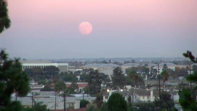 wide view: the super moon overlooking torrance - torrance stock videos & royalty-free footage