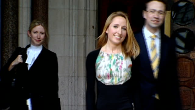 widow wins legal battle to preserve husband's frozen sperm; england: london: high court: ext beth warren leaving court - witwe stock-videos und b-roll-filmmaterial