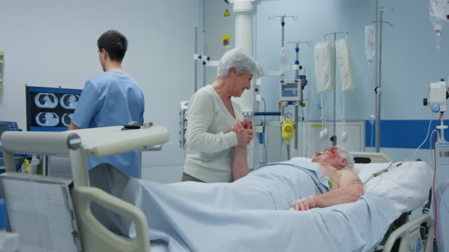 DS Wife visiting her husband in the intensive care unit