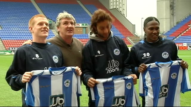 New players Ben Watson Mido and Hugo Rodagella press conference and photocall EXT New signings Ben Watson Mido and Hugo Rodagella posing with Bruce...