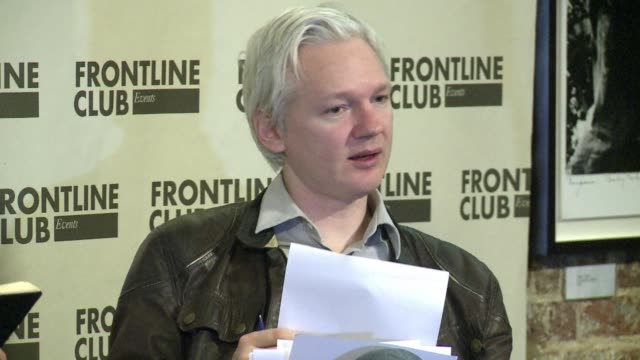 stockvideo's en b-roll-footage met wikileaks begins publishing a huge tranche of emails from us intelligence firm stratfor in a move the antisecrecy website says reveals the private... - bhopal