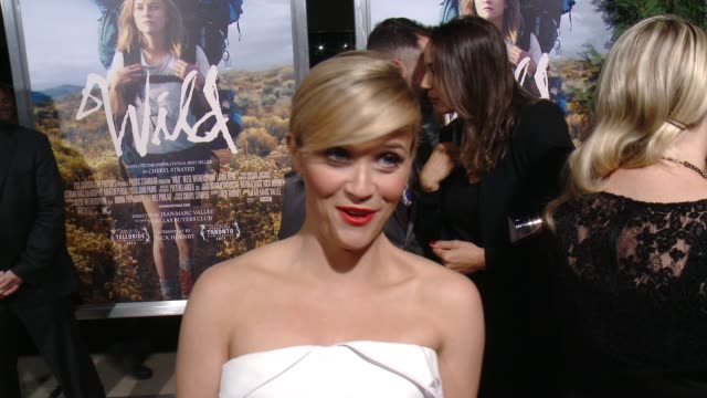 wild' los angeles premiere presented by fox searchlight at the academy of motion picture arts and sciences on november 19, 2014 in beverly hills,... - academy of motion picture arts and sciences 個影片檔及 b 捲影像