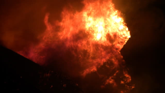 Wildfire Rages Up Mountain HD