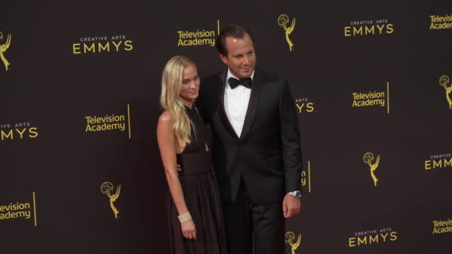 will arnett and alessandra brawn at the 2019 creative arts emmy awards - day 1 at microsoft theater on september 14, 2019 in los angeles, california. - ウィル アーネット点の映像素材/bロール