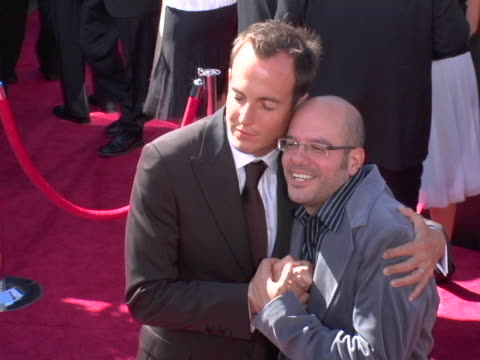 will arnett and david cross at the 2004 primetime emmy awards arrivals b-roll at in los angeles, california. - ウィル アーネット点の映像素材/bロール
