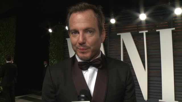 will arnett at the 2016 vanity fair oscar party hosted by graydon carter at wallis annenberg center for the performing arts on february 28, 2016 in... - ウィル アーネット点の映像素材/bロール