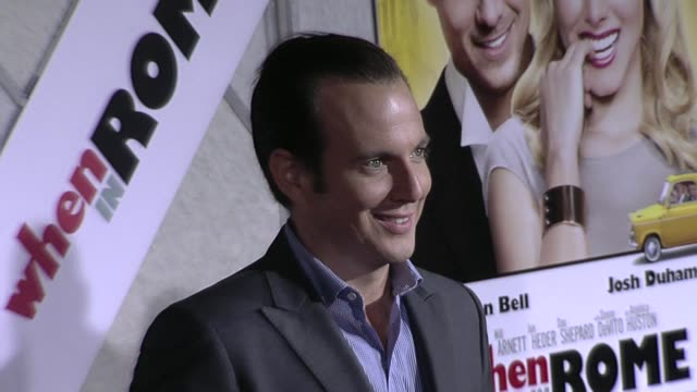will arnett at the 'when in rome' premiere at hollywood ca. - ウィル アーネット点の映像素材/bロール