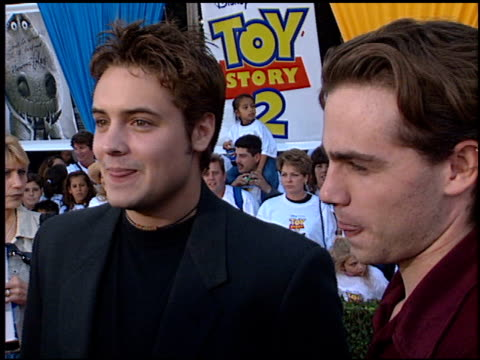 will friedle at the 'toy story 2' premiere at the el capitan theatre in hollywood california on november 13 1999 - el capitan theatre stock videos & royalty-free footage