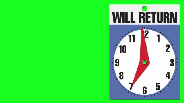 """7:00 segnale di apertura aziendale """"will return"""" su sfondo chiave crominanza - insegna di negozio video stock e b–roll"""
