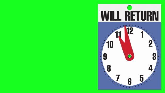 """11:00 """"will return"""" cartello di apertura aziendale su sfondo chiave crominanza - insegna di negozio video stock e b–roll"""