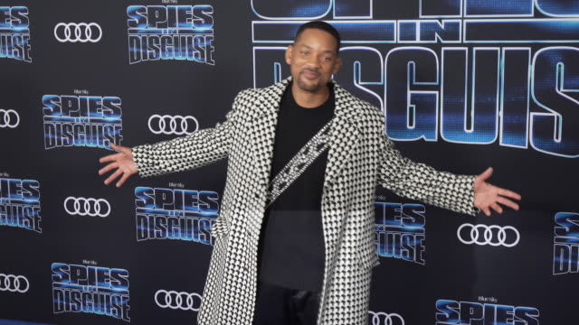 """will smith at audi at the world premiere of """"spies in disguise"""" in los angeles, ca 12/4/19 - 俳優 ウィル・スミス点の映像素材/bロール"""