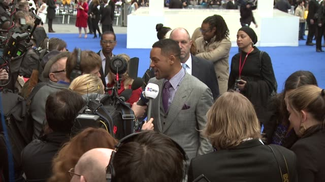 will smith at men in black 3 gala premiere at odeon leicester square on may 16, 2012 in london, england - premiere stock videos & royalty-free footage