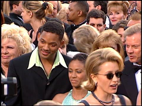 will smith at the 1997 academy awards arrivals at the shrine auditorium in los angeles, california on march 24, 1997. - oscarsgalan 1997 bildbanksvideor och videomaterial från bakom kulisserna