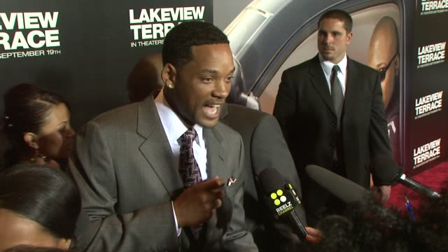 vidéos et rushes de will smith at the lakeview terrace premiere at new york ny - 2008