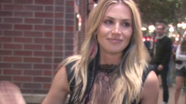 vídeos de stock, filmes e b-roll de willa ford outside hotel solamar at the celebrity sightings in san diego at los angeles ca. - willa ford