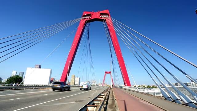 vidéos et rushes de pont willems à rotterdam - véhicule utilitaire léger
